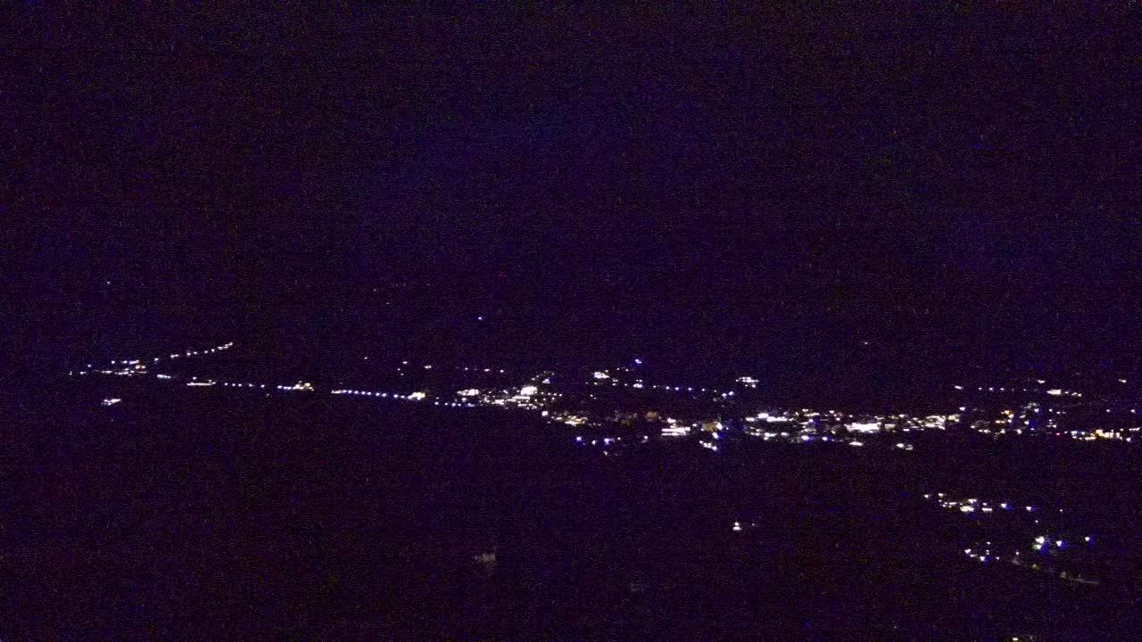 Dorf Tirol mit Blick auf Schenna